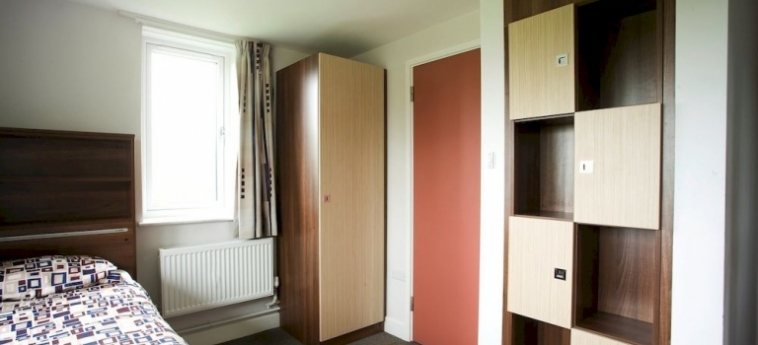 Hotel Becket Court - University Of Kent: Caminetto CANTERBURY