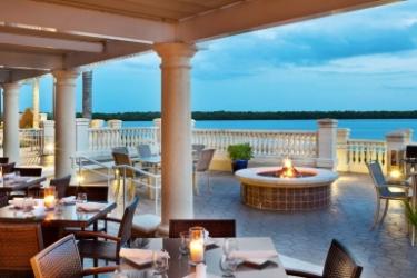 Hotel The Westin Cape Coral Resort At Marina Village: Outdoor Restaurant CAPE CORAL (FL)