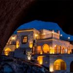 Hotel Caldera Cave