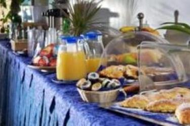 Hotel Relais Maresca: Petit Déjeuner CAPRI ISLAND - NAPLES