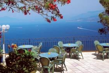 Hotel San Michele: Außen Restaurant CAPRI ISLAND - NAPLES