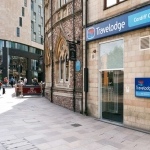 Hotel Travelodge Cardiff Central