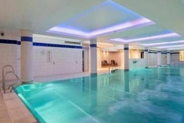 Hotel Hilton Cardiff: Indoor Swimmingpool CARDIFF