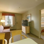 Hotel Ramada Carlsbad By The Sea