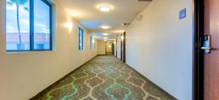 Hotel Holiday Inn Express Carlsbad Beach: Flur CARLSBAD (CA)