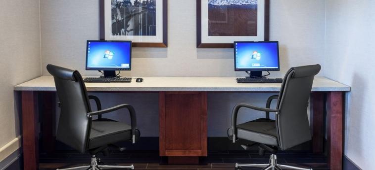 Hotel Holiday Inn Express & Suites: Business Centre CARPINTERIA (CA)