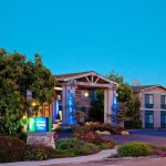 HOLIDAY INN EXPRESS & SUITES 2 Stelle