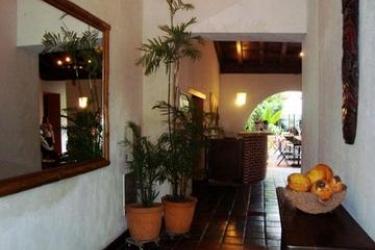 Hotel Puertas De Cartagena: Pasillo CARTAGENA