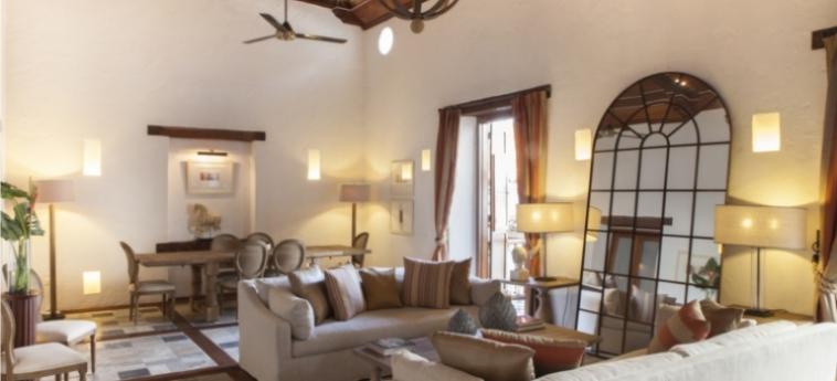 Casa Del Coliseo: Living Room CARTAGENE