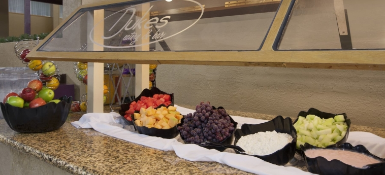 Ramada Plaza Casper Hotel And Conference Center: Buffet CASPER (WY)