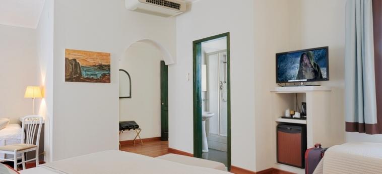 Hotel Al Madarig: Room - Quadruple CASTELLAMMARE DEL GOLFO - TRAPANI