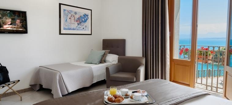 Hotel Al Madarig: Room - Triple CASTELLAMMARE DEL GOLFO - TRAPANI