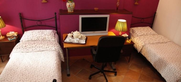 Hotel B&b Cocusinn: Chambre Double CATANE