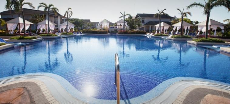 Hotel Royalton Cayo Santa Maria: Outdoor Swimmingpool CAYO SANTA MARIA
