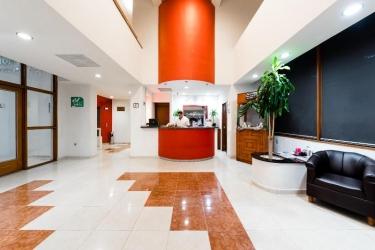 Hotel Mision Express Celaya: Lobby CELAYA