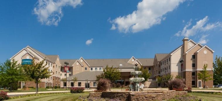 Hotel Staybridge Suites Chantilly Fairfax: Hotel Davor-Abend/Nacht CHANTILLY (VA)