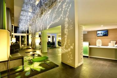 Hotel Best Western Du Parc: Lobby CHANTILLY