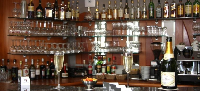 Hotel Best Western Aero 44: Bar CHARLEROI