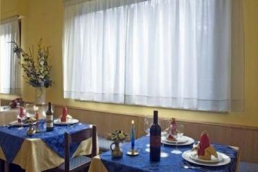 Hotel Tirrenia: Beheiztes Schwimmbad CHIANCIANO TERME - SIENA