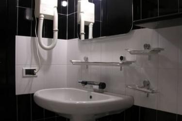 Hotel Esperia: Cuarto de Baño CHIANCIANO TERME - SIENA