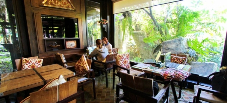 Hotel The Balcony Chiang Mai Village: Superior Bathroom CHIANG MAI