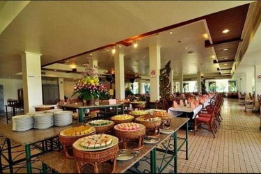 Hotel Rimkok Resort: Bar CHIANG RAI