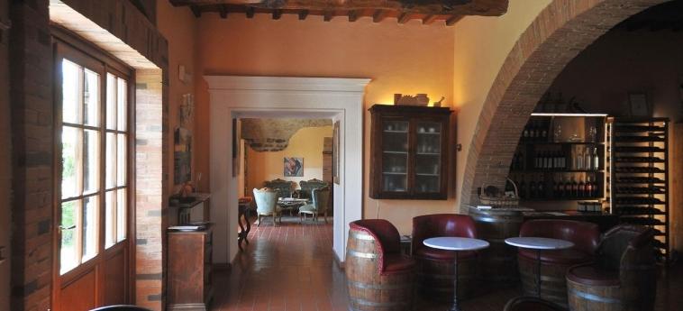 Casafrassi: Interior del hotel CHIANTI AREA