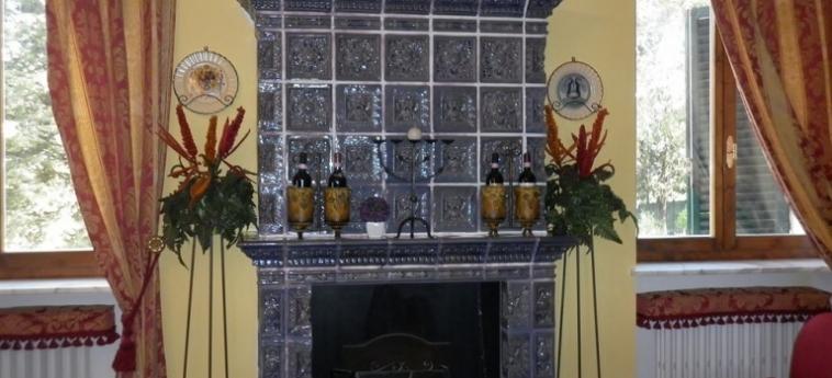 Hotel Villa Sant'uberto Country Inn: Piscina CHIANTI AREA