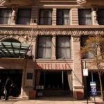Hotel Blake