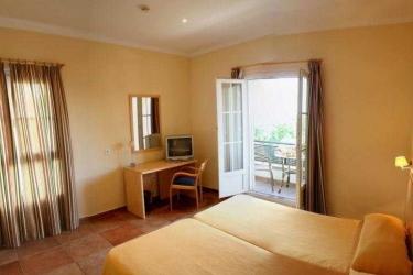 Hotel Marisma Sancti Petri: Schlafzimmer CHICLANA DE LA FRONTERA