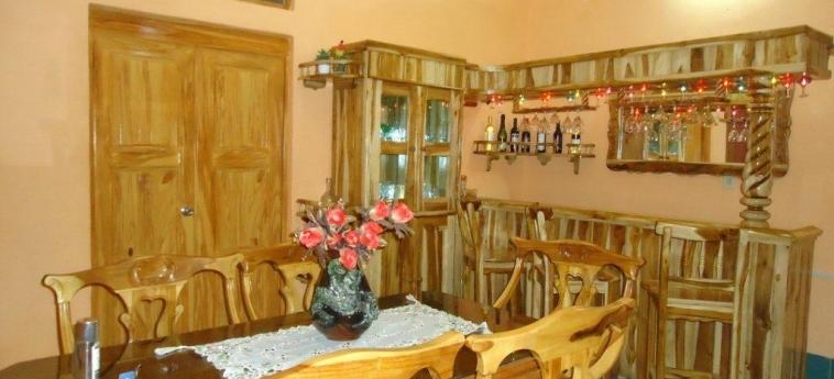 Hotel Hostal Rivero Novoa: Bar CIENFUEGOS