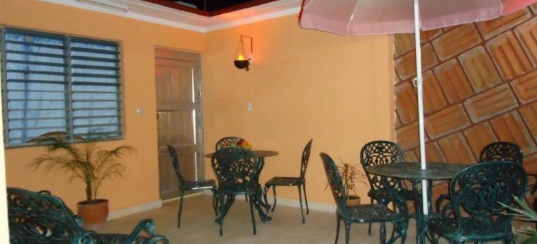 Hotel Hostal Rivero Novoa: Terrace CIENFUEGOS