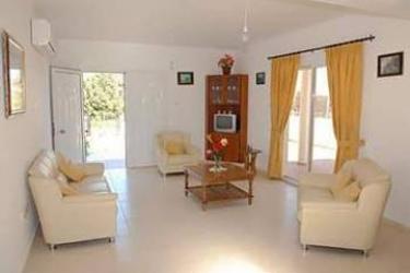 Hotel Z&x Holiday Villas: Balcone CIPRO