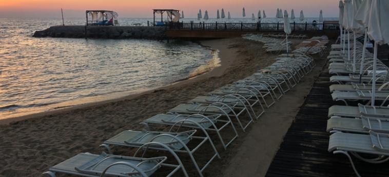 Hotel Ada Beach: Spiaggia CIPRO
