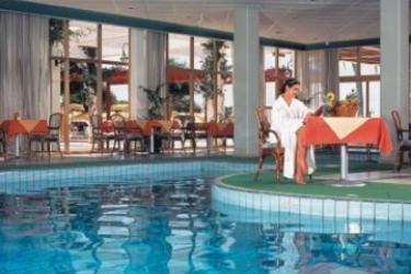 Hotel Laura Beach: Swimming Pool CIPRO
