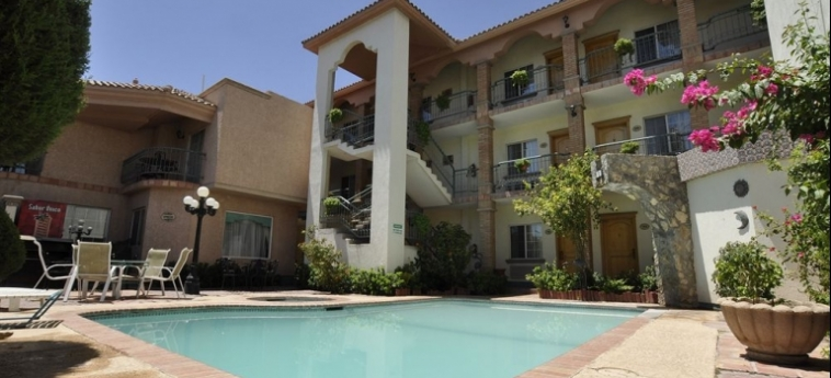 Maria Bonita Business Hotel & Suites: Piscina Exterior CIUDAD JUAREZ
