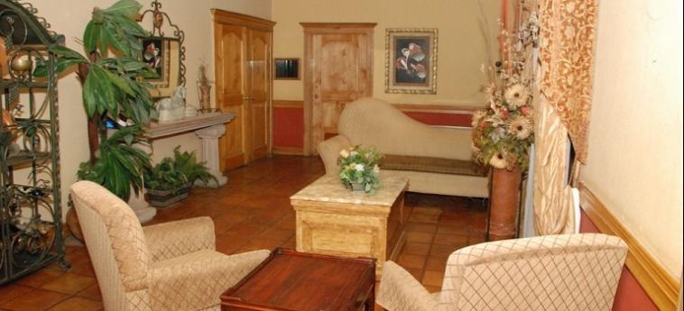 Maria Bonita Business Hotel & Suites: Putting Green CIUDAD JUAREZ