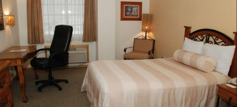 Maria Bonita Business Hotel & Suites: Golf Course CIUDAD JUAREZ