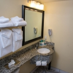 HOLIDAY INN EXPRESS & SUITES COCOA 2 Stars