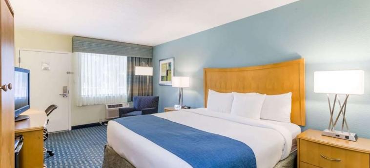 Hotel Days Inn Cocoa Beach: Gastzimmer Blick COCOA BEACH (FL)