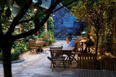 Hotel Isaacs: Actividad CORK