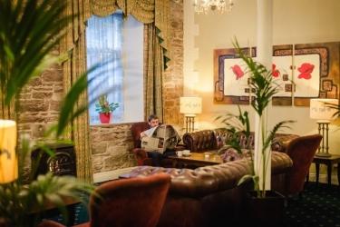 Hotel Isaacs: Lobby CORK