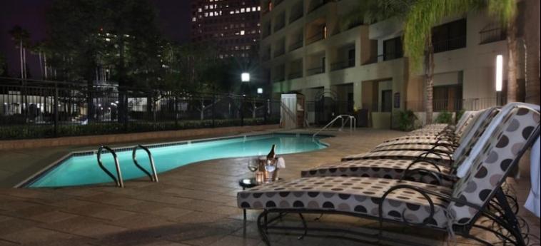 Avenue Of The Arts Costa Mesa, A Tribute Portfolio Hotel: Swimming Pool COSTA MESA (CA)