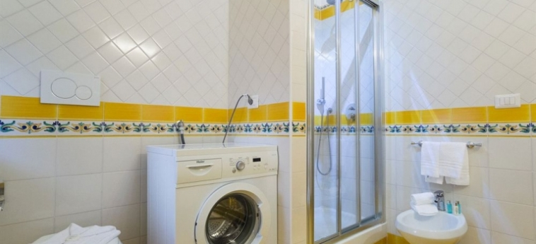 Casa Vacanze Maiori: Dormitory 6 Pax COTE AMALFITAINE
