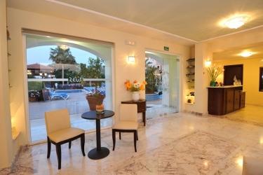 Hotel Zeus Village: Lobby CRETE