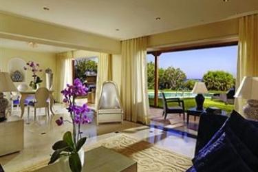 Hotel Out Of The Blue Capsis Elite Resort: Wine Cellar CRÈTE