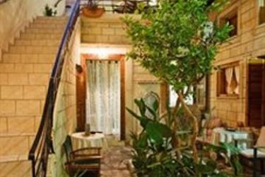 Hotel Barbara Studios: Terrasse CRÈTE