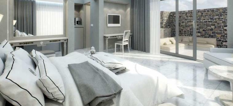 Royal Marmin Bay Boutique & Art Hotel: Living Room CRETE