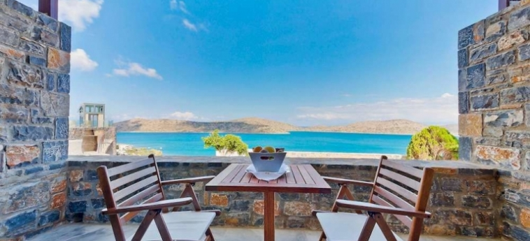 Royal Marmin Bay Boutique & Art Hotel: Wall Painting CRETE