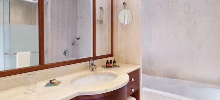 Hotel Blue Palace, A Luxury Collection Resort & Spa: Bathroom Sink CRETE